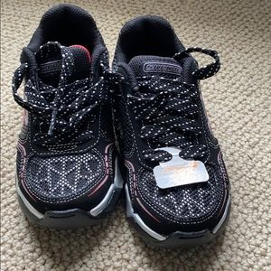 Toddler tennis shoes - Never worn